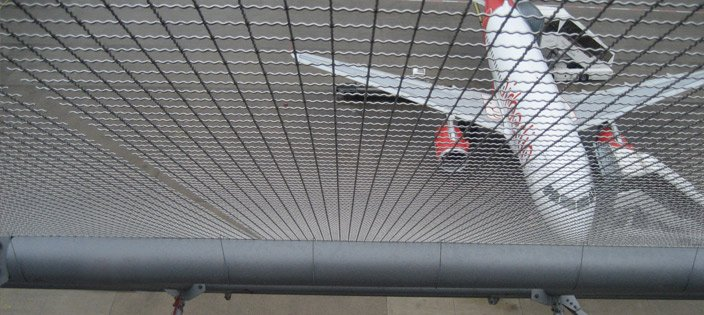 Airport-Wire-Mesh-Panels