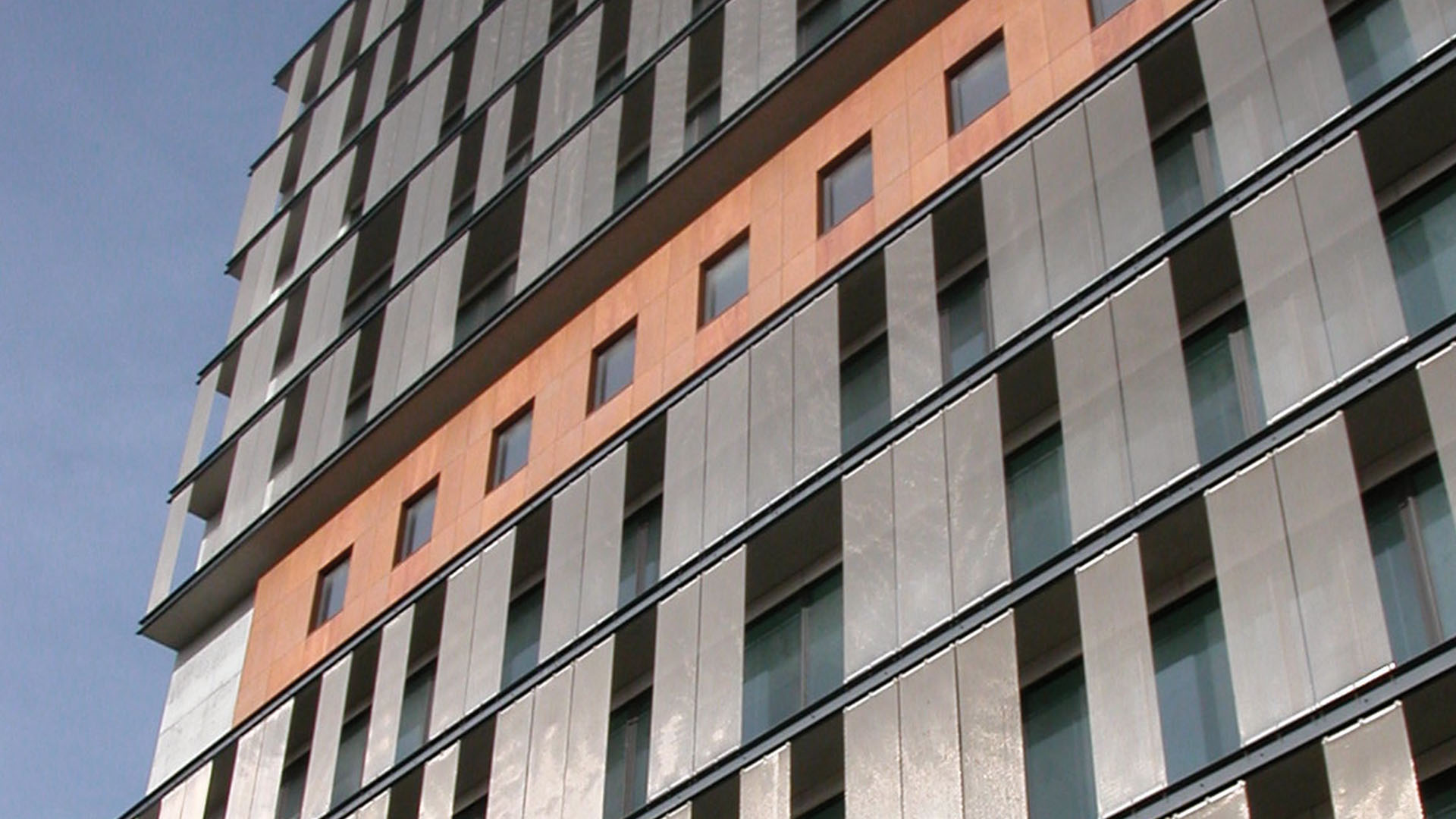 How to Install and Maintain a Wire Mesh Facade